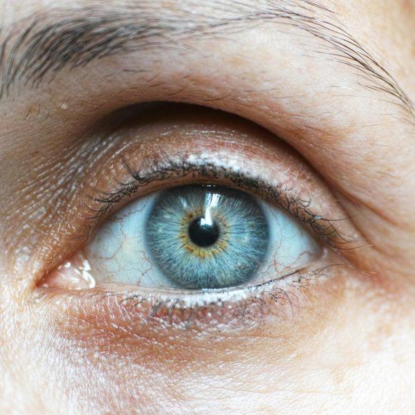 Contorno de olhos: os ingredientes a procurar